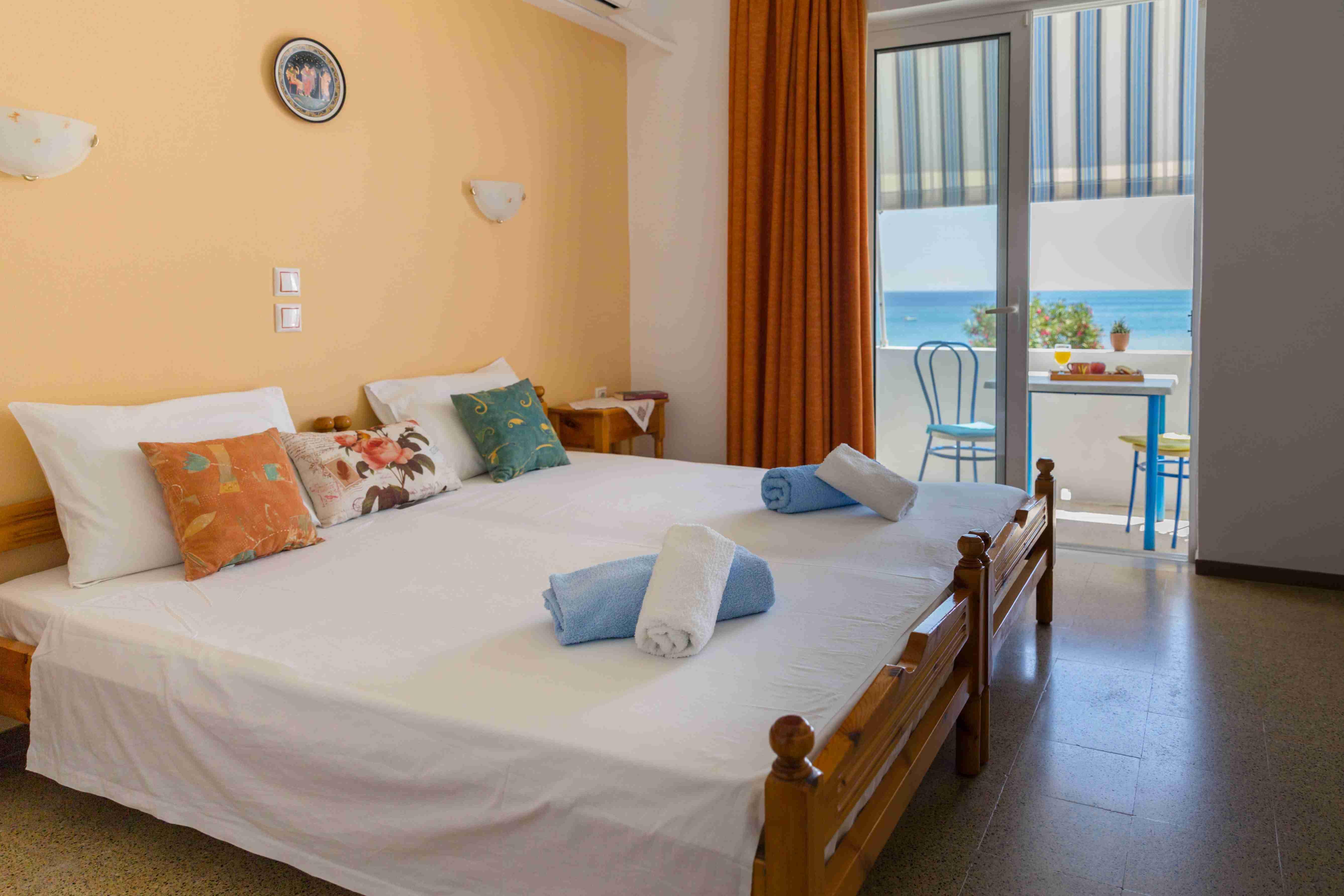 bedroom apartment sea view